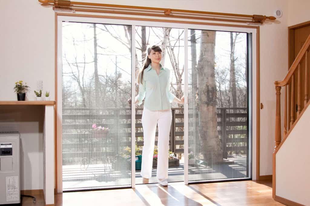 concertina fly screen door