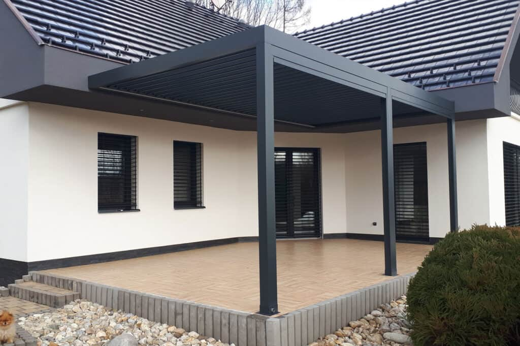Pergola extension to a home to offer flexible use