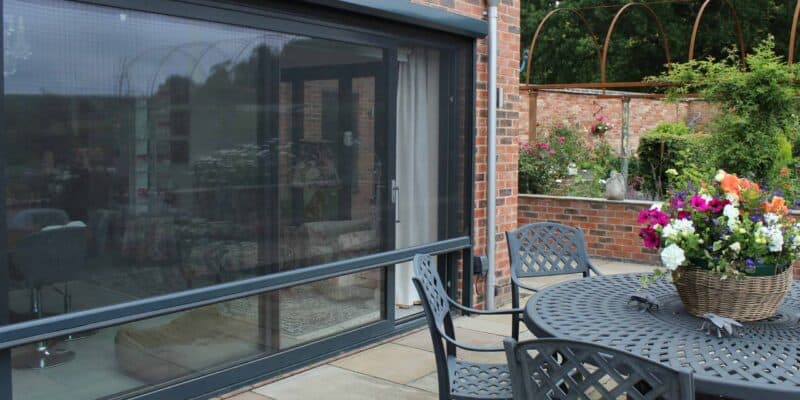 Exterior fitted Power Screens