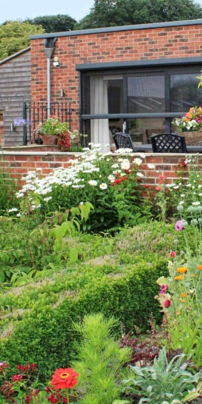 Stunning garden scene